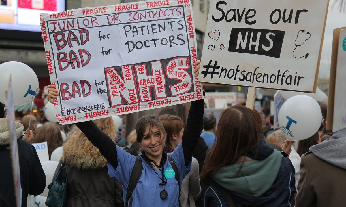 Junior Doctors In Britain Launch Nationwide Strike Opposing Changes