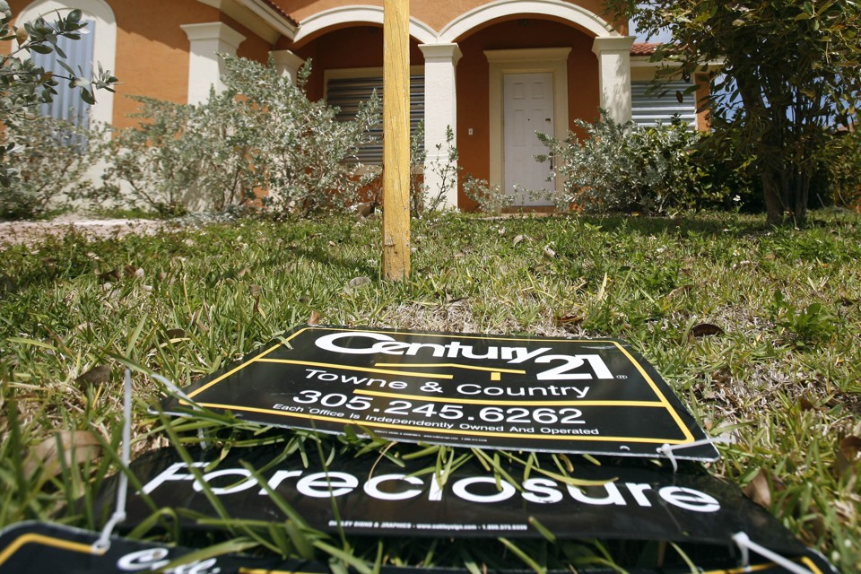 U S  Cities May Be Taking Banks to Court For the Foreclosure