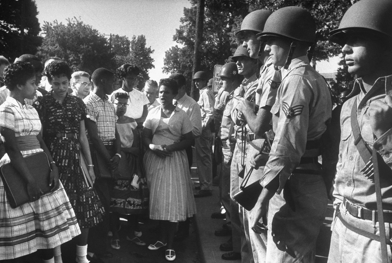 crisis actors, Ku Klux Klan, Little Rock Nine, NAACP, lynch mobs, Jim Crow, white supremacy, racism, fake news