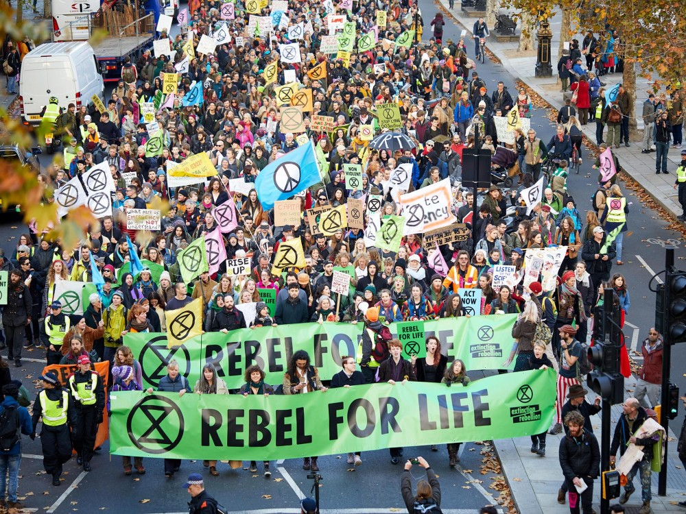 climate movement, Extinction Rebellion, XR, greenwashing, banks funding climate change, climate criminals, climate catastrophe, global climate protests, carbon emissions