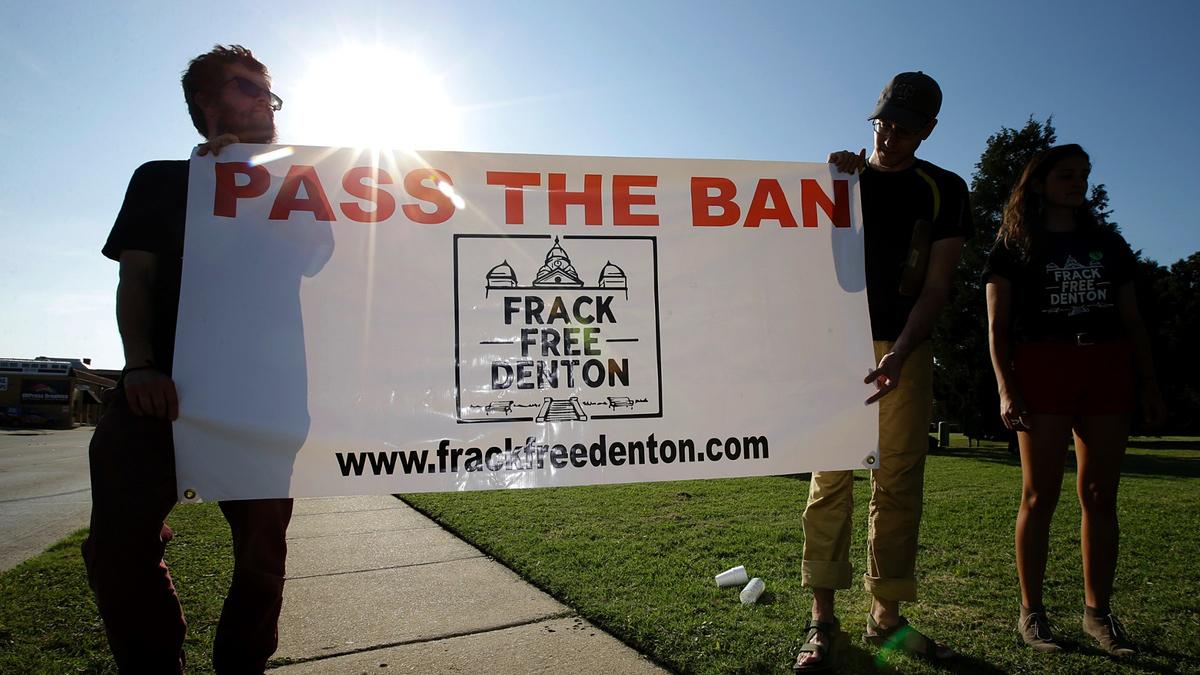 fracking bans, Denton fracking ban, Frack Free Denton, hydraulic fracturing, Denton Drilling Awareness Group