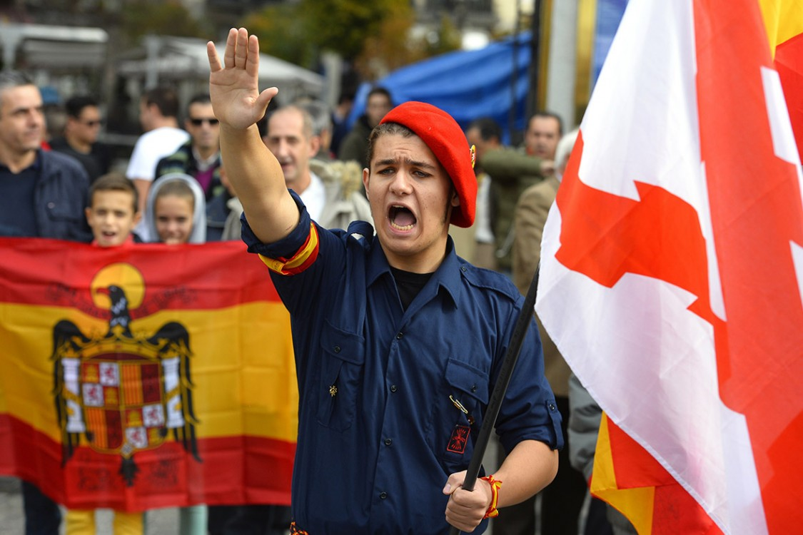 Catalan independence, Spanish austerity policies, far-right movements, fascism, austerity cuts, Ciudadanos, Podemos, bank bailouts, European far-right
