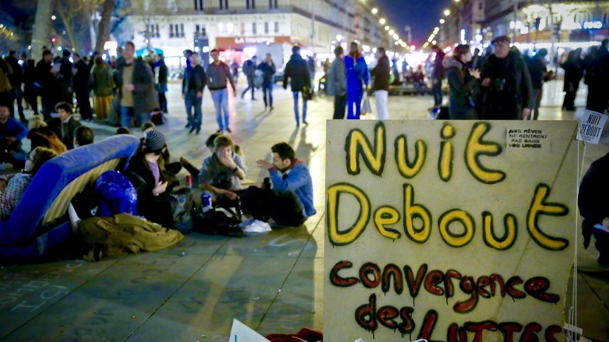 Nuit Debout, Nuit Banlieue, consensus based decision making, direct democracy, Occupy movement, Indignados, 15M movement, French protests, French occupations