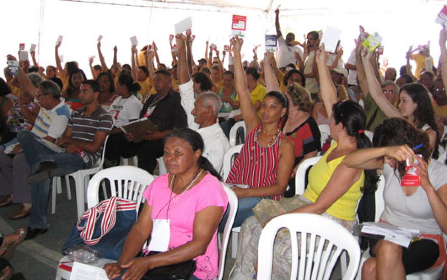 participatory budgeting, citizen decision-making, Porto Alegre, Brazil