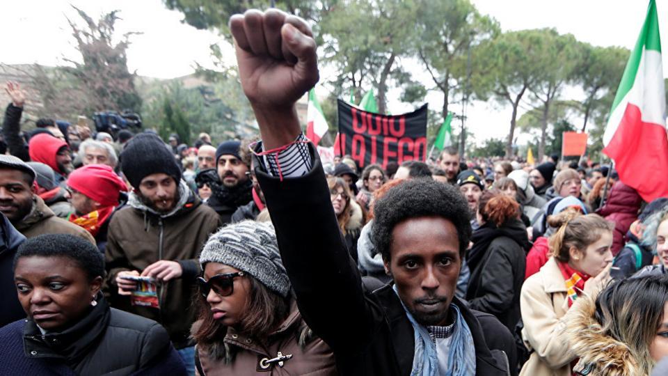 Anti-Fascist, Italy far-right parties, xenophobia, populist right, Italian populists, migrant crisis, anti-immigrant sentiment