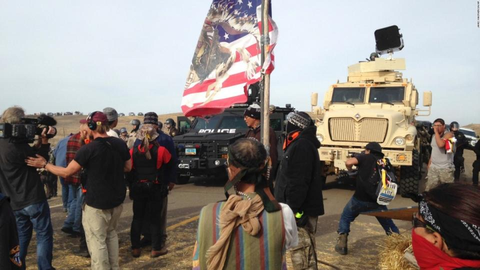 Standing Rock Sioux protests, Dakota Access Pipeline, police brutality, police violence, fossil fuel protests, Big Oil, Diggers, attack dogs