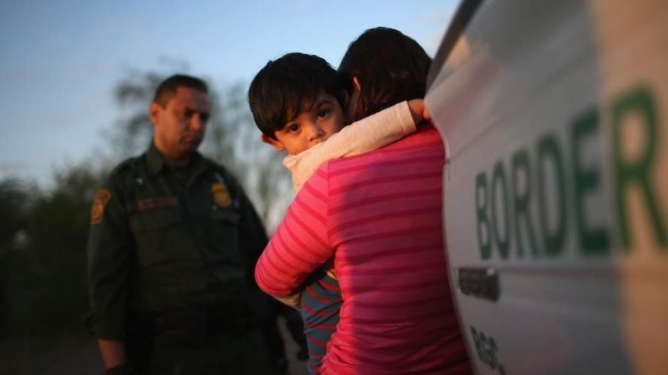 """The Associated Press reports that young migrant children forcibly separated from their parents are being sent to facilities that critics described as """"prisons for babies."""" (Photo: @NIJC/Twitter)"""