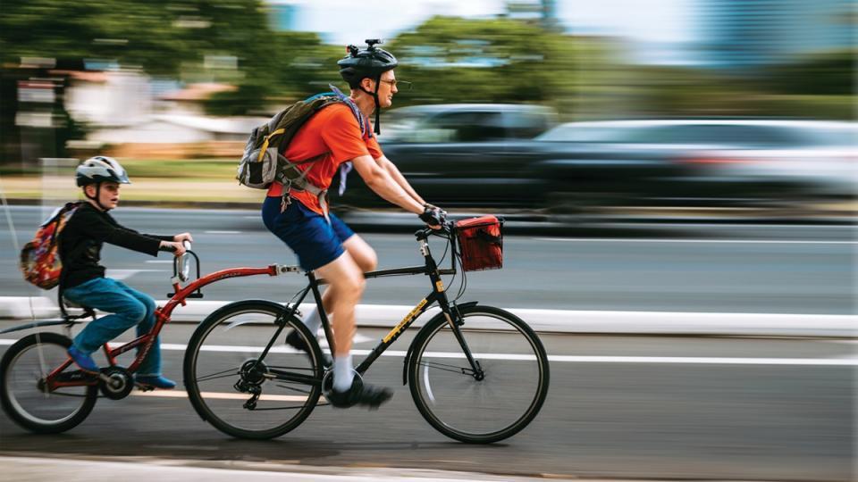 alternate transportation, biking culture, non-carbon transit, biking to work, biking cities