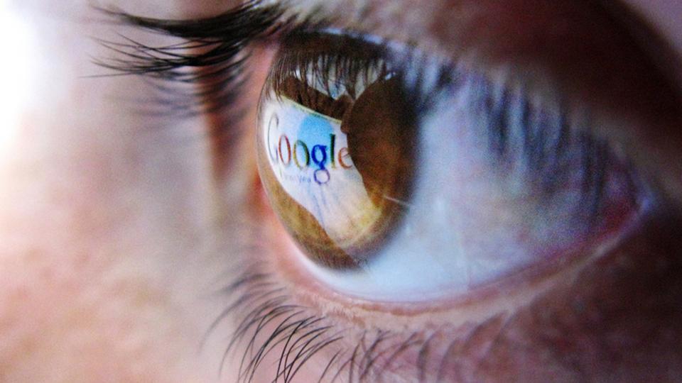 Google, Google search algorithm, Holocaust denial, web censorship, website search rankings, Google censhorship