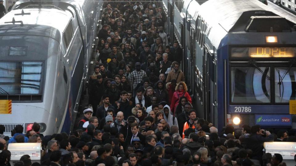 French railway strikes, French strikes, French labor law, Emmanuel Macron, French privatization