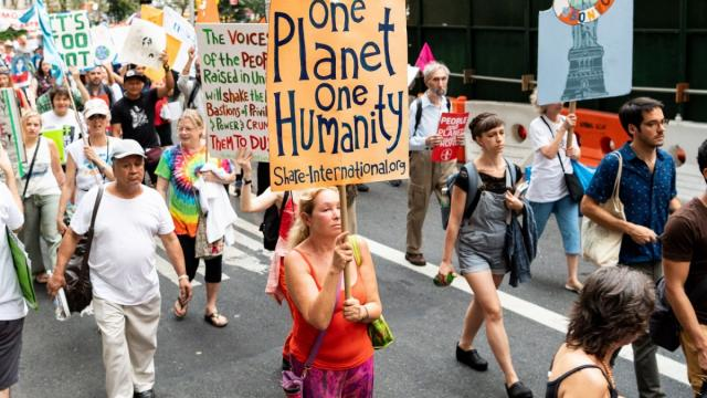 Rise for Climate, climate protests, climate march, climate summit, carbon emissions, renewable energy transition