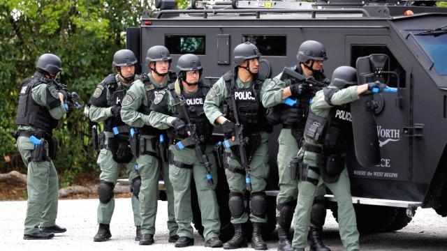 Swat Team Gear Swat Teams Now Everywhere