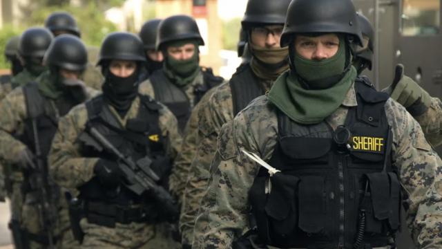 Милитаризация полиции не сокращает преступность.